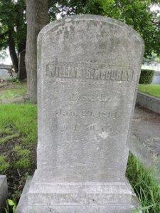 Wm McCurdy gravestone