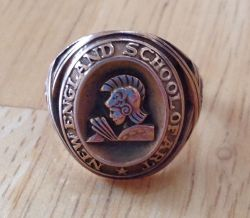 Gloria's college ring front